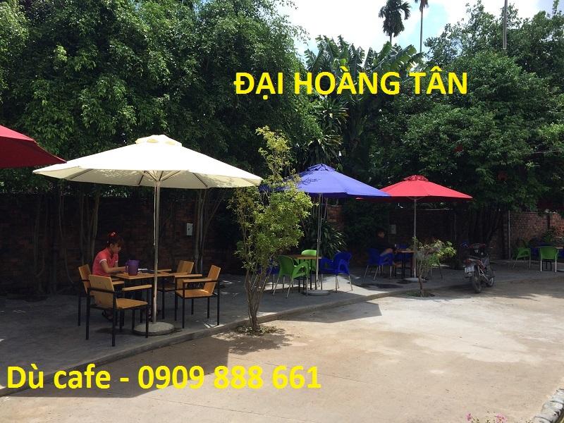 Dù che nắng quán cà phê